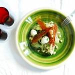 Alcachofas con habitas y crujiente de jamón
