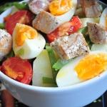 Ensalada de judías verdes, patata y atún fresco