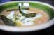 Alubias con bacalao, pimiento verde y guindilla