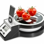 Innovation or rip-off: kitchen scale with iPod dock