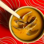 Pumpkin soup with clams