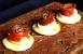 Cocas con pimiento confitado, anchoa y huevo