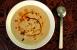 Sopa de coliflor con especias y piñones