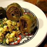 (Español) Alcachofas con ensalada de huevo y piñones