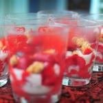 Fresas maceradas con crema de requesón