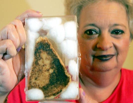 Virgen María en tostada
