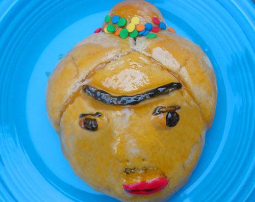 pan de muerto de frida kahlo