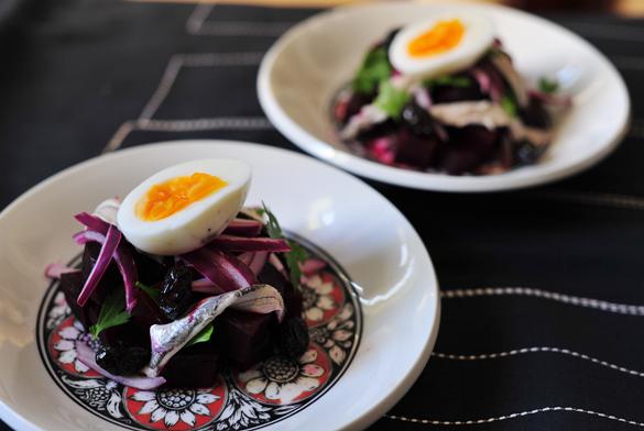 ensalada remolacha huevo boquerones