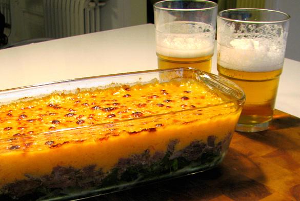 pastel de carne guisada y acelgas